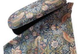 Glasses Case: William Morris Strawberry Thief