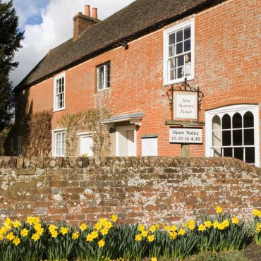 Jane Austen house - The Guardian