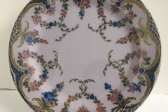 Tin Plate: Wallace Collection - Garlands