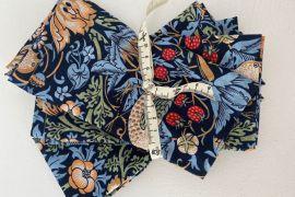 William Morris Fabric Napkins: Strawberry Thief Marigold BLUE