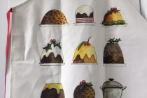 Apron (Red Tractor Designs): Christmas Puddings
