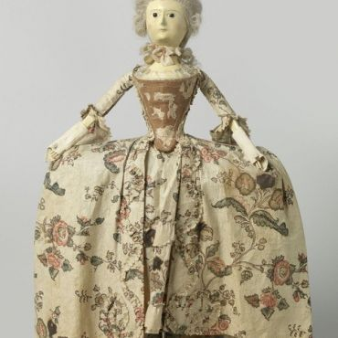Lise Rogers_unknown maker, wooden doll, France, circa 1760