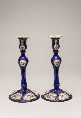 candlestick (pair), England, circa 1790 The Johnston Collection (A0303-1989, Foundation Collection) © Robert Colvin & The Johnston Collection, Australia