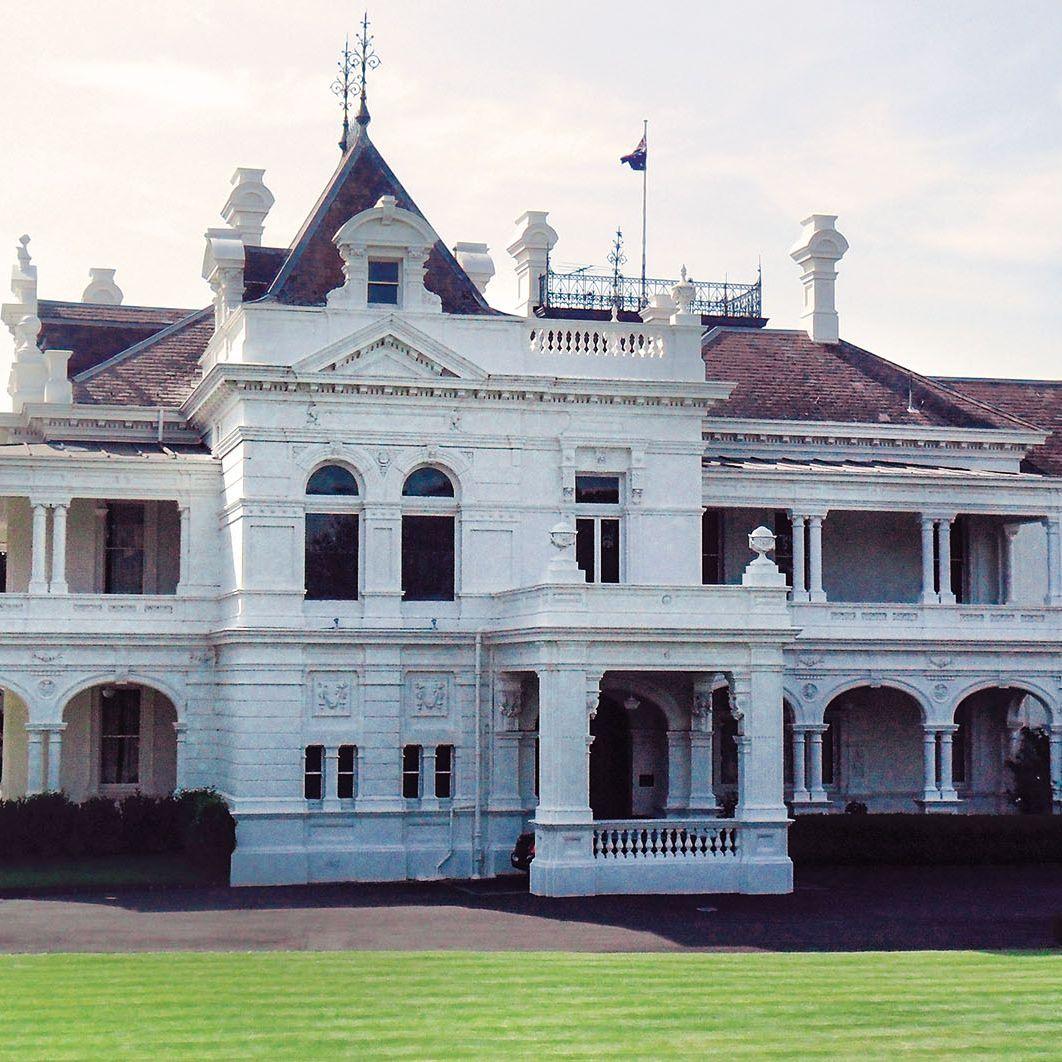Stonington-Mansion-Malvern
