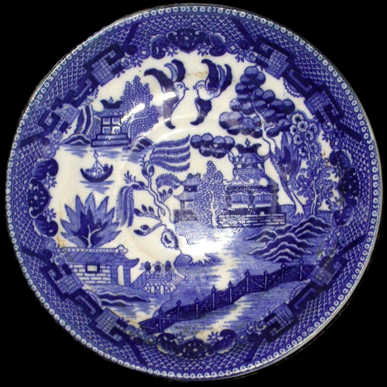 Staffordshire-Willow-Pattern-plate