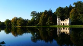 A peaceful view across the water of Painshill's ruined abbey, courtesy of Fred Holmes (Painshill)